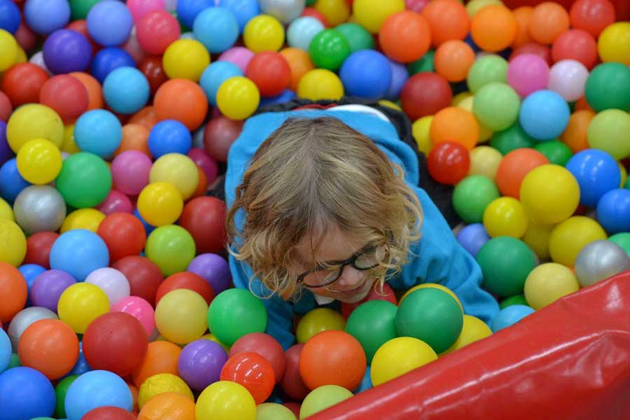 little steps playgroup ball pool thurnscoe